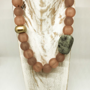 Collar piedras