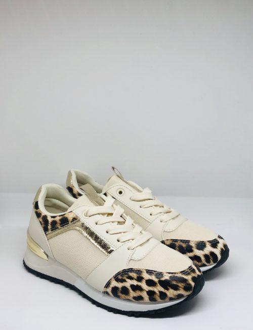 Zapatilla leopardo