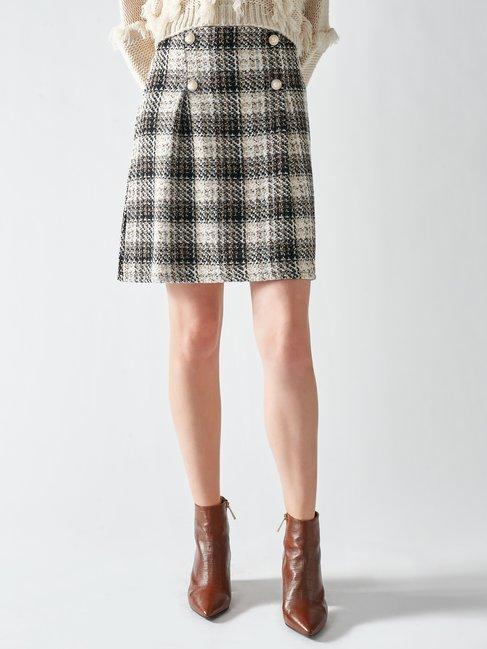 falda corta tweed
