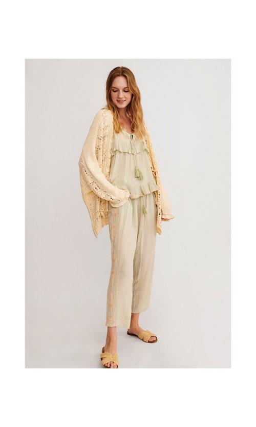 pantalon-con-pompones-y-bordado-lateral (1)