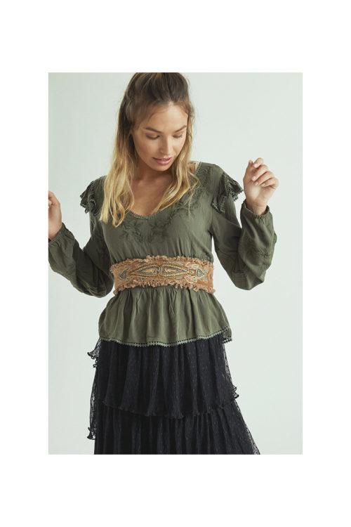 blusa-romantica-bordada-NKN