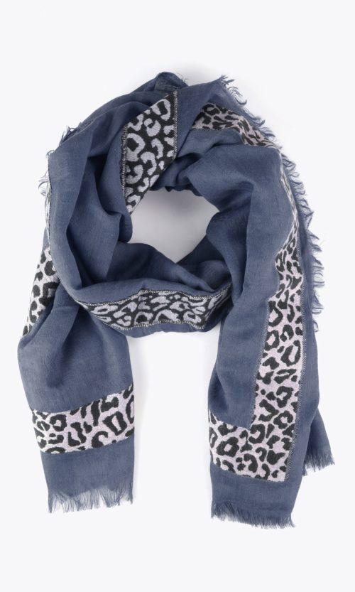 chal-estampado-leopardo-rojo-marino-12140004