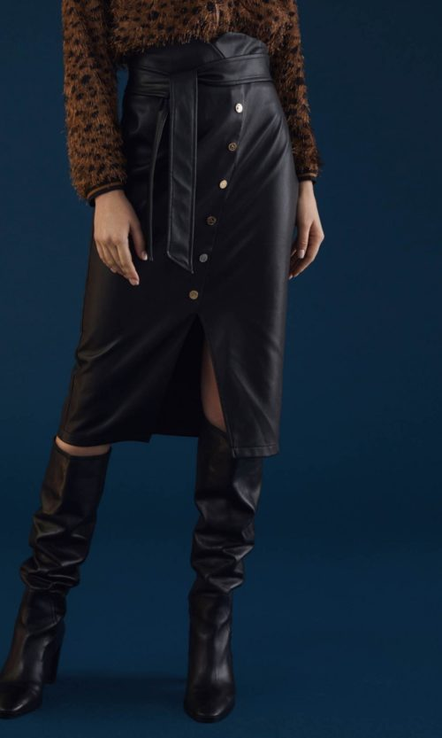 falda-corte-diagonal-botones-negro-32168003