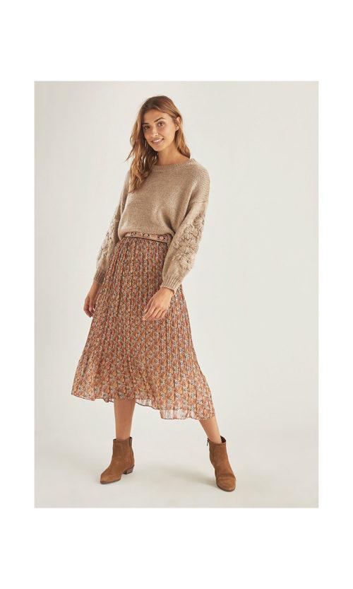 falda-plisada-con-cintura-bordada