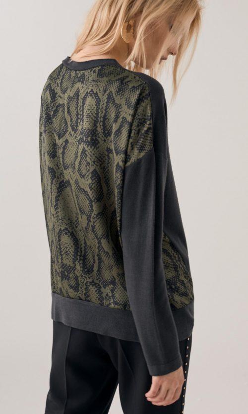 jersey-espalda-en-animal-print-verde-12161010