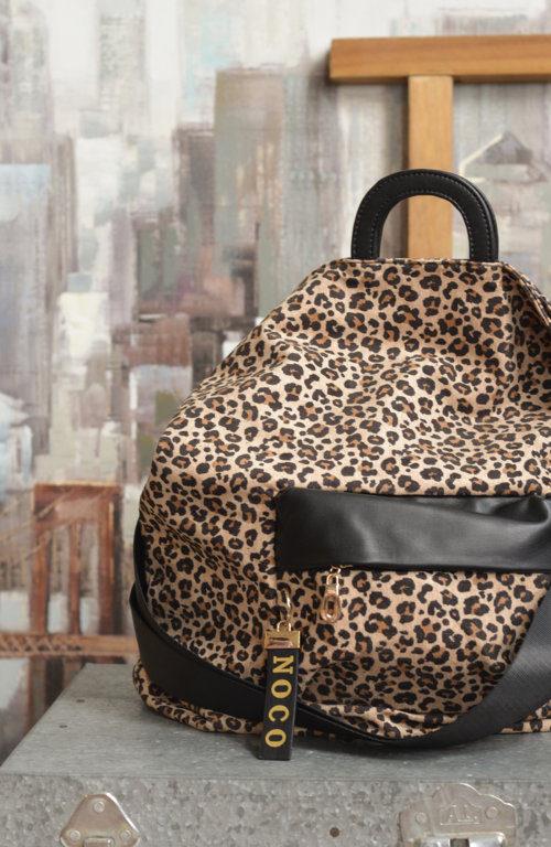 bolso antelina leopardo negro