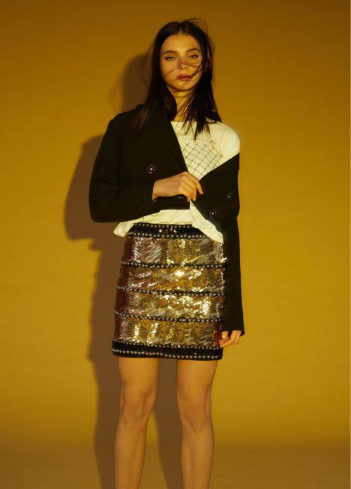 minifalda-tachuelas-metalicas-dorado-lola casademunt moda mujer